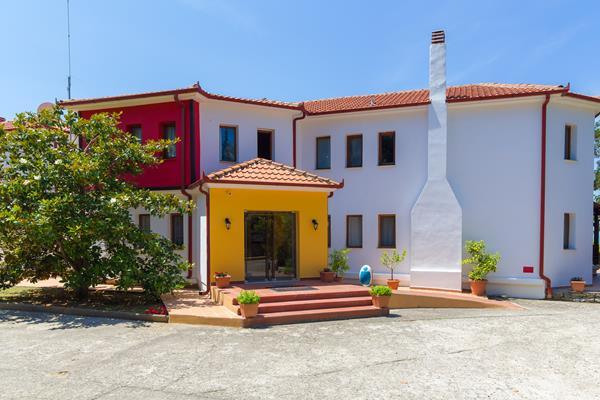 FilosXenia Roxani Country House